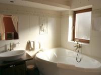 Standard lakosztály – Fürdőház